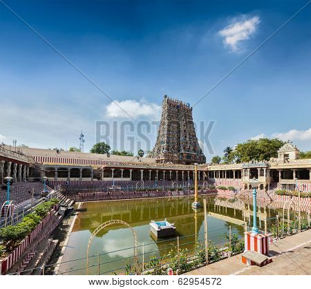 Sri Menakshi Temple water tank, Madurai, Tamil Nadu, India