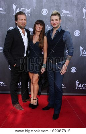 LAS VEGAS - APR 6:  Gloriana at the 2014 Academy of Country Music Awards - Arrivals at MGM Grand Garden Arena on April 6, 2014 in Las Vegas, NV