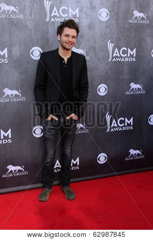 LAS VEGAS - APR 6:  Joel Crouse at the 2014 Academy of Country Music Awards - Arrivals at MGM Grand Garden Arena on April 6, 2014 in Las Vegas, NV