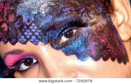 Artistic Face Make Up