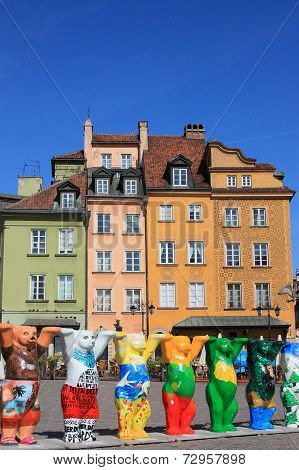 UNESCO United Bears at Warsaw old town