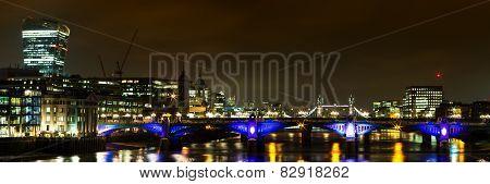 Panorama Of Southwark Bridge At Night