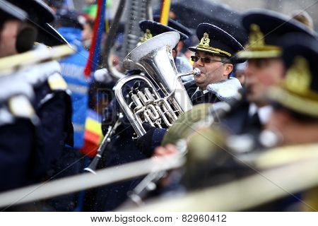 Playing The Saxhorn