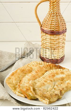 Fried pasties with meat