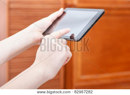 Finger Clicking Touchpad Screen In Office