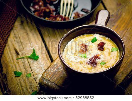 Baked Potatoes Bacon Soup.