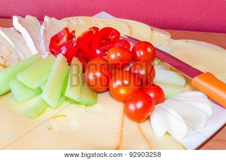 Cheese Platter With Fruits
