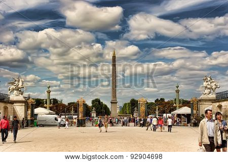 Paris, France  - August 19, 2014.  Parisians And Tourists In Famous Tuileries Garden. Tuileries Gard