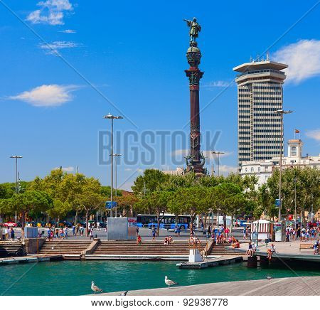 Monument of Columbus stands near street Rambla in Barcelona quay.