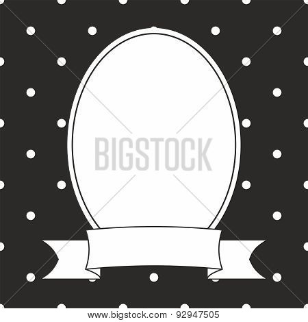 Photo vector frame and white polka dots on black background