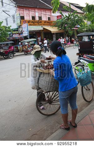 Vendor In The Street Of Siem Reap, Cambodia