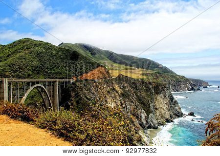 view from bixby bridge big sur