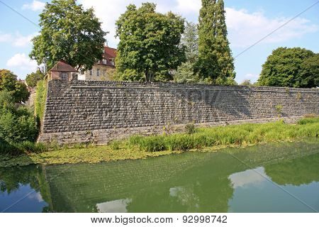 Dole City Walls