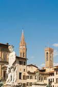 pic of piazza  - Statue of Triton in Piazza della Signoria in Florence - JPG