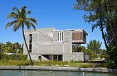 pic of beach-house  - Large New Beach House under Construction on Waterway - JPG