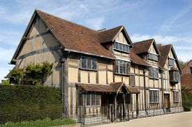 picture of william shakespeare  - the birthplace of william shakespeare in stratford upon avon england  - JPG