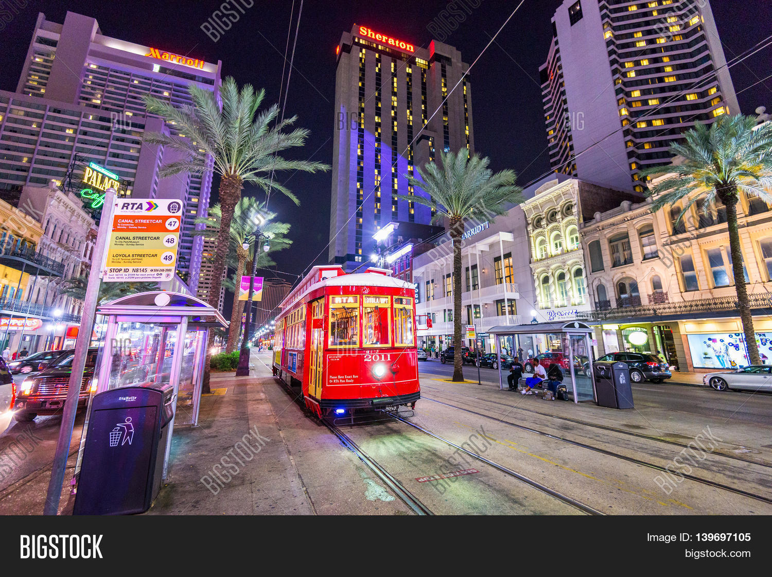 New orleans louisiana may 10 2016 a streetcar in for What to do in new orleans louisiana