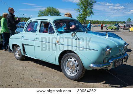 KERIMYAKI, FINLAND - JUNE 06, 2015: The car Renault Dauphine on the parade of vintage cars in Kerimyaki