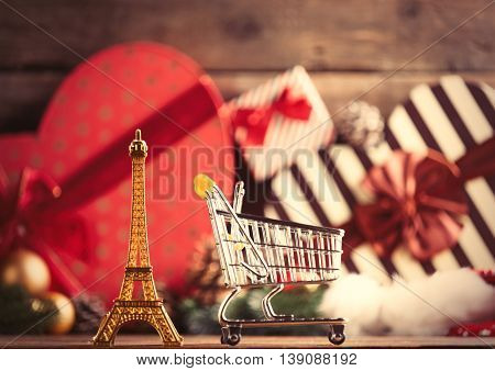 Eiffel Tower Shaped Toy And Cart