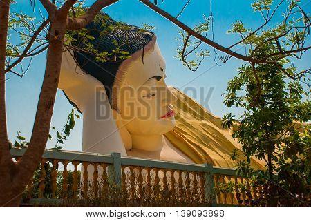 Mya Tha Lyaung Reclining Buddha. Bago. Myanma. Burma.