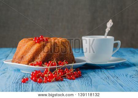 Traditional Gugelhupf Sponge Cake