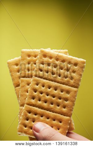 Hand Hold Crackers