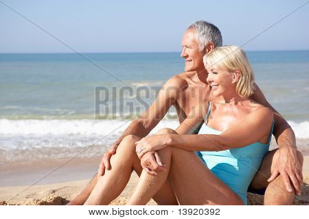 Senior Couple am Strandurlaub