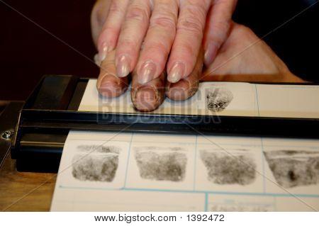 Toma de huellas dactilares