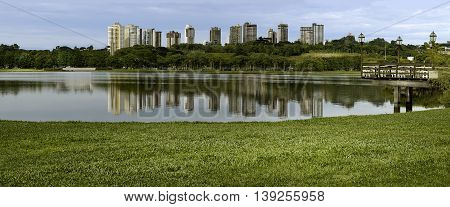 daytime photograph of the tourist point of Curitiba Barigui Park