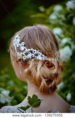 Beautiful hair on her head blonde, hair clip lace handmade