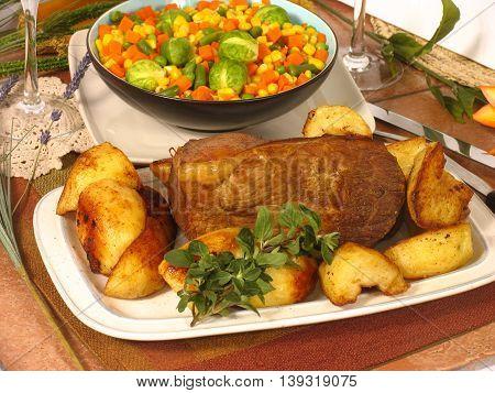 Roast Beef, Roast Potatoes And Vegetables 19