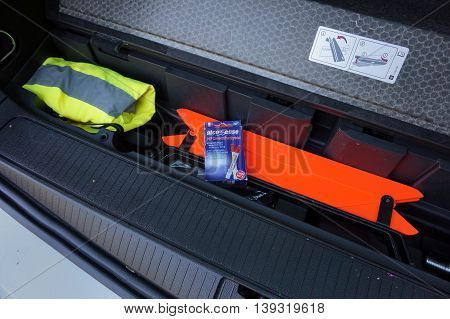 Camberley, Surrey, Uk - July 20 2016: Safety Equipment In The Boot Or Trunk Of A Car Ready For A Jou