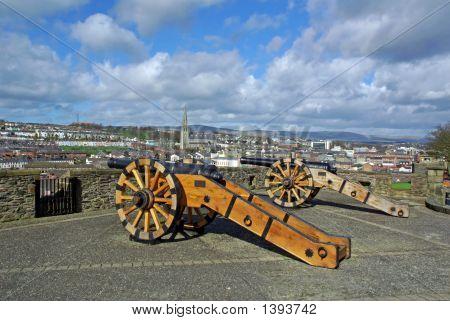 Siege Cannon On Derrys Walls