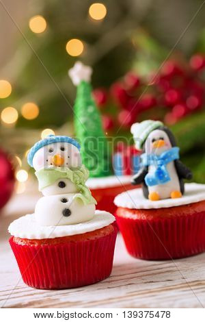 Decorated Cupcakes For Christmas Holiday