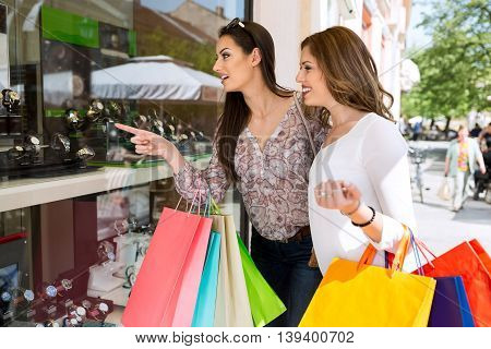 Showing to best fiend perfect watch shopping time