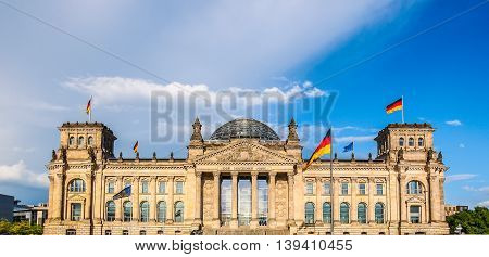 Reichstag In Berlin Hdr