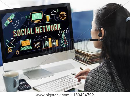 Social Network Sharing Online Communication Concept