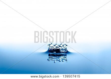 Water Splash Crown