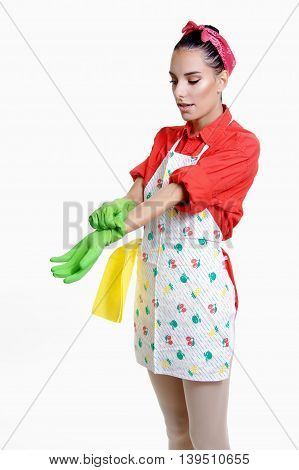 girl doesn't want to wash dirty dishes to much housework on white
