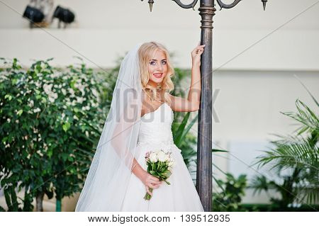 Elegant Blonde Blue Eyes Fashion Bride At Great Wedding Hall