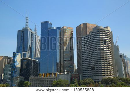 MELBOURNE, AUSTRALIA - JANUARY 25, 2016: Melbourne skyline panorama