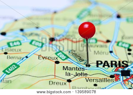 Mantes-la-Jolie pinned on a map of France