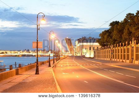 Palace Embankment of Neva River in St.Petersburg at night Russia.