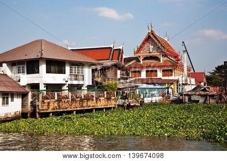 Temple At The River Mae Nam Chao Phraya In Bangkok