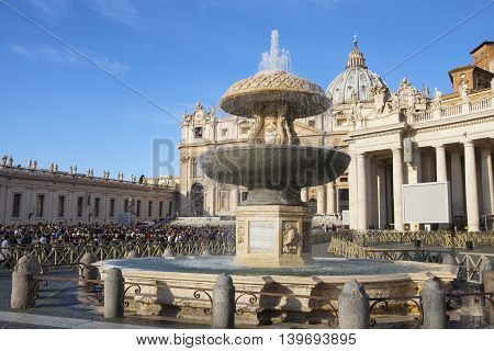 Saint Peter Square in Vatican , Rome , Italy