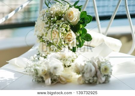 Beautiful bridal wedding bouquet of roses flowers