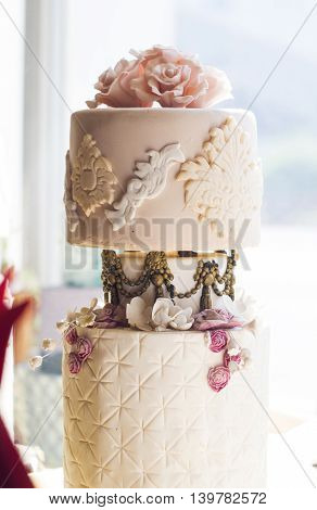A model of a beautiful wedding cake.