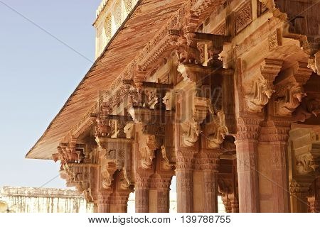 Image of the wall with a sharp stone. Image of elephants in Amer Fort, Jaipur, Rajasthan, India