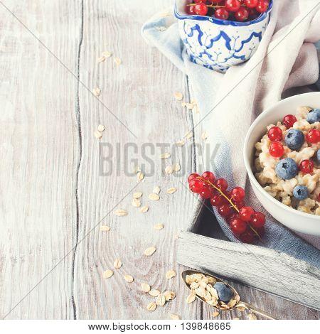 Oatmeal Porridge With Fresh Berries