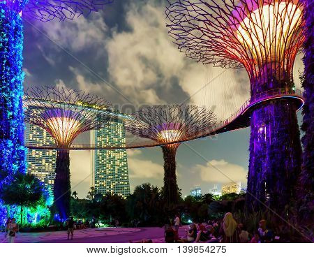 Supertrees Grove In Gardens By The Bay In Singapore Center